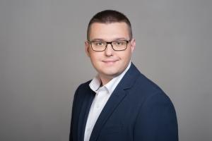www-wizerunekprofesjonalisty-pl_Rafał Wasielewski_011-Edit-3