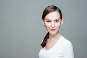 Wizerunek profesjonalisty, portret biznesowy Warszawa, zdjęcie do CV, zdjęcie na Linkedin, fotograf biznesowy Warszawa, retuszowany portret biznesowy, retusz zdjęć cyfrowych, obróbka zdjęć cyfrowych